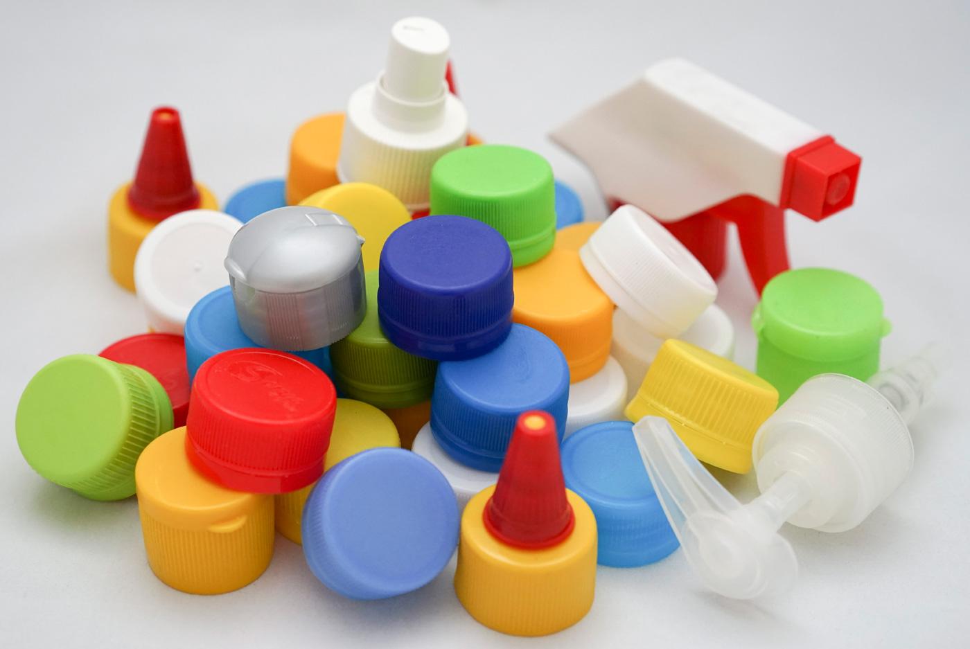 gia công nắp chai nhựa